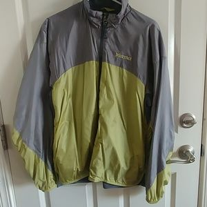 Marmot jacket in GREAT CONDITION!